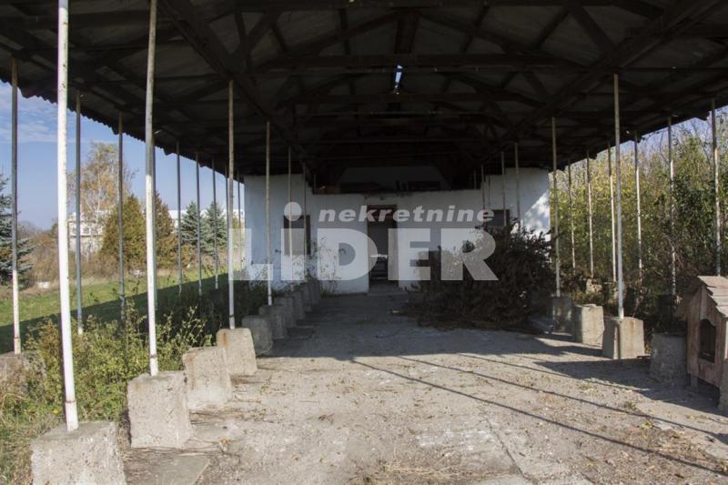Plac Prodaja SREMSKI OKRUG Pećinci Šimanovci