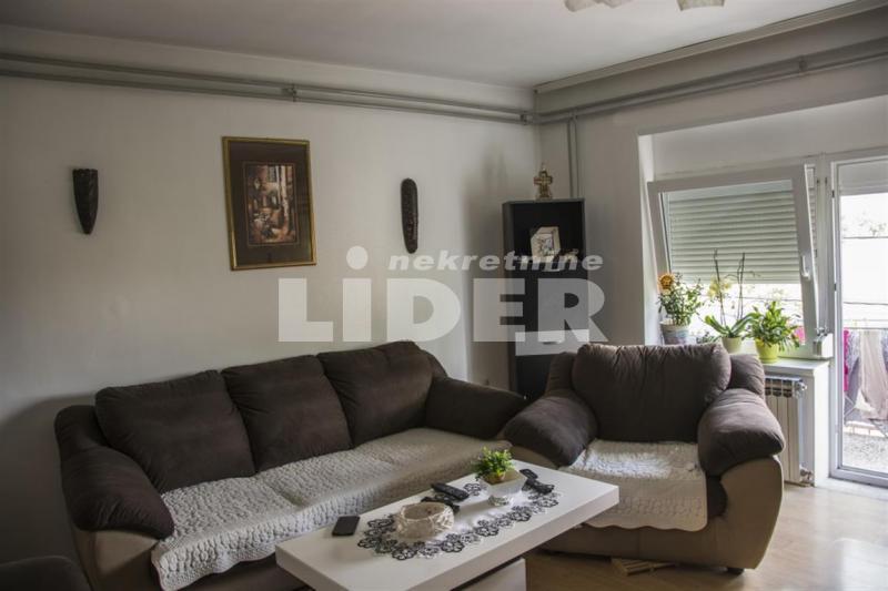 Kuća Batajnica 9ari plac ID 92509