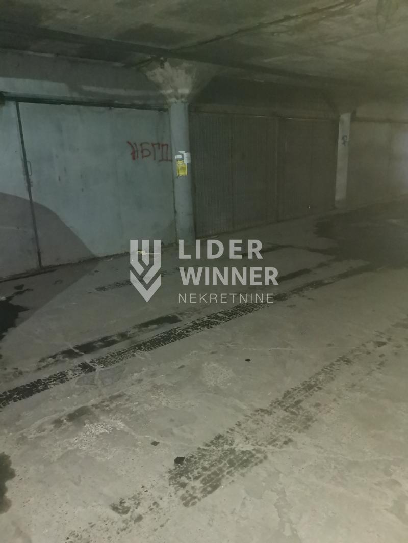 Dve garaze spojedne u jedno, Blok 28 ID#104506