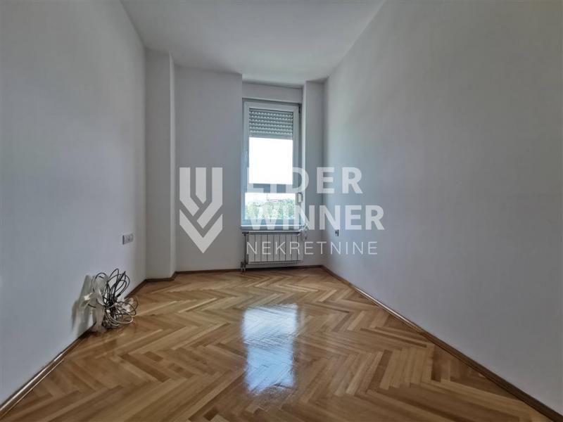 Stan Prodaja BEOGRAD Novi Beograd Blok 64